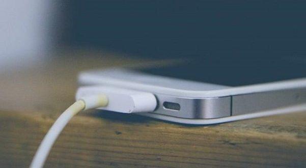فناوری کوالکام در ۱۵ دقیقه موبایل را ۱۰۰ درصد شارژ می کند