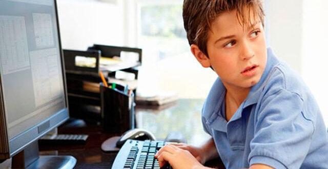 نشانههای زورگویی اینترنتی از کودکان/چگونه از کودکان خود در فضای مجازی محافظت کنیم؟/ سندرم تونل کارپال در پی استفاده بی رویه از ابزار دیجیتال
