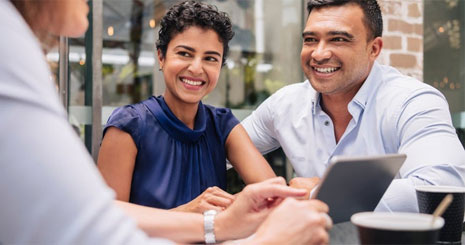چگونه رابطه برندمان با مشتریان را بهبود بخشیم